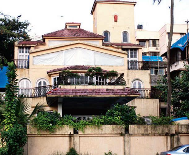 Superstar Rajesh Khanna's famous  bungalow and Meerut connection