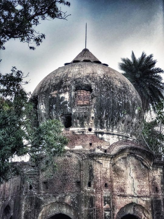 tomb of Kamboh  hazrat,Nawab of Meerut